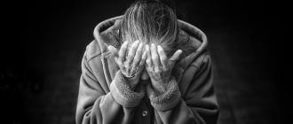 пожилые люди, слабоумие, деменция