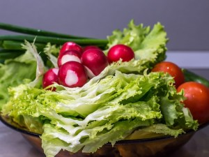 Фрукты, овощи, артерии ног