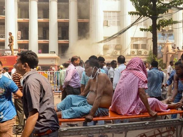 Fire Broke Out in Kolkata Medical College; 250 Patients evacuated!