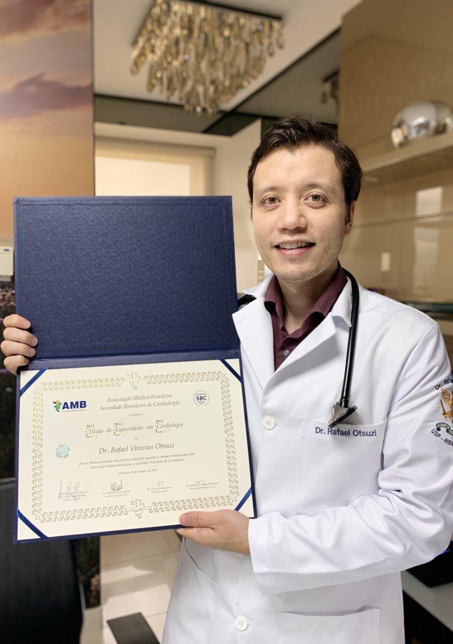 Dr. Rafael Titulo de Especialista