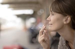 mujer-fumadora