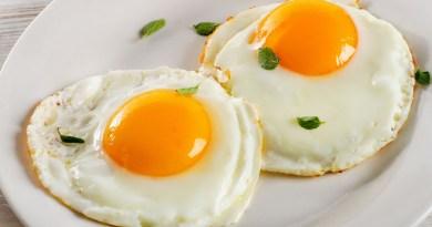 El huevo es una gran fuente de proteínas, calcio y su grasa es útil para el funcionamiento celular