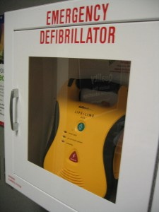 Defibrillator resus