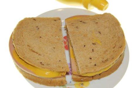 bologna-sandwich