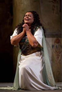 Violeta Urmana - Photo: Marty Sohl/Metropolitan Opera