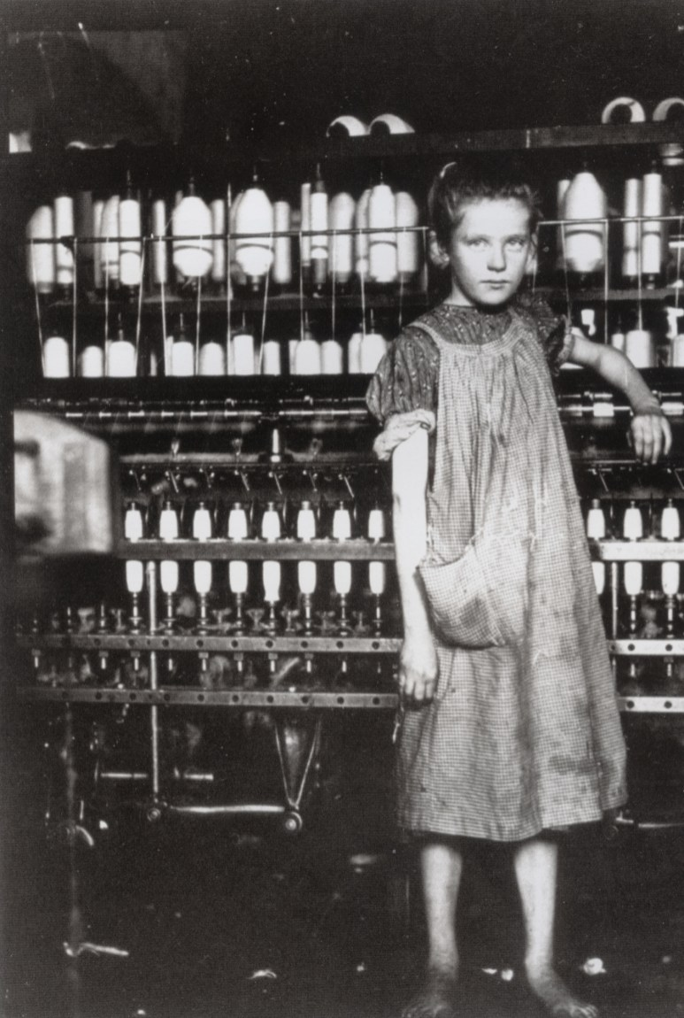 Hine, Lewis - Addie Laird 12 yr old spinstress_1910
