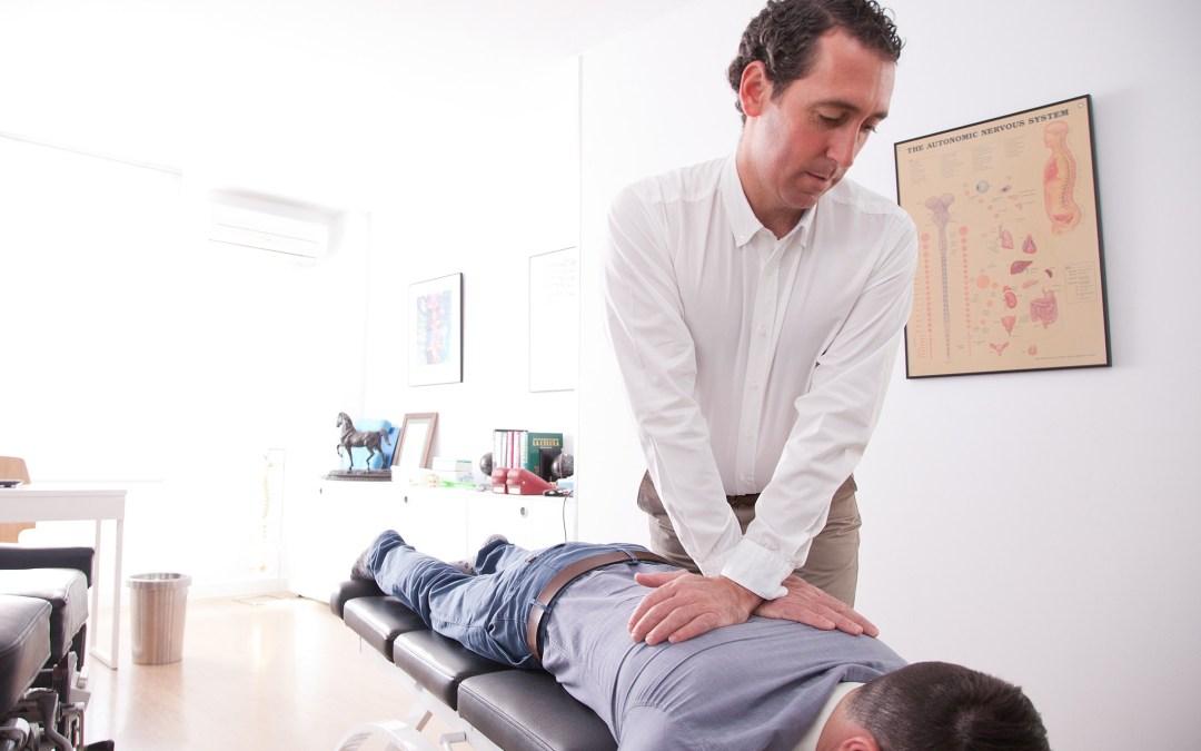 ¿Qué hace un quiropráctico?