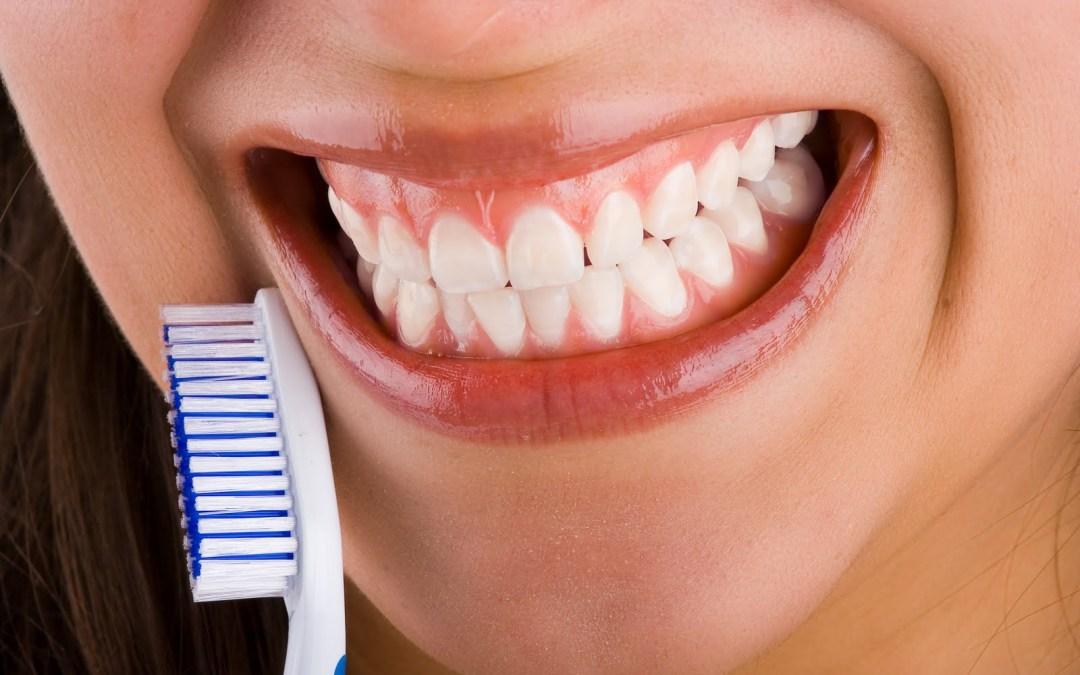 ¿Cómo se hace una periodoncia?