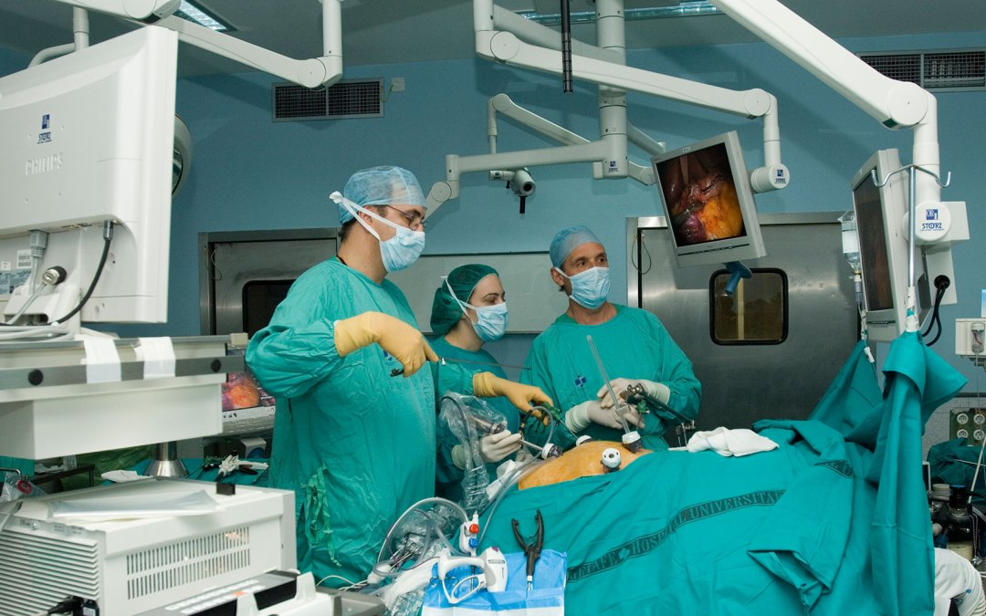 ¿Qué es una cirugia laparoscopica?