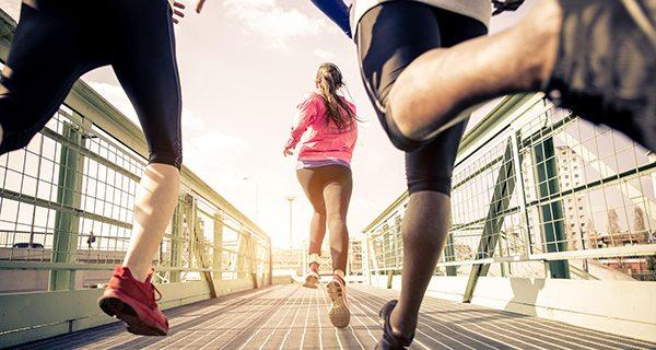 O que você deve comer para melhorar a sua performance nas corridas?