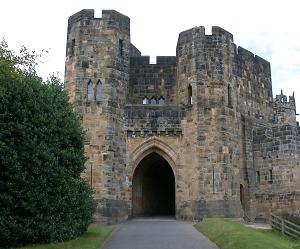 castle medieval alnwick castles architecture barbican gateway drawbridge concentric defence england gateways defensive attack walls drawbridges