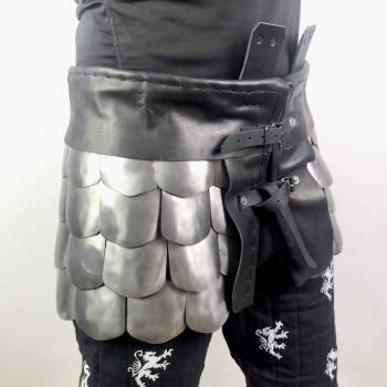 Scale armor skirt