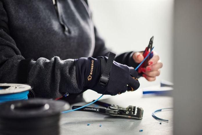 Ironhand Exoskeleton