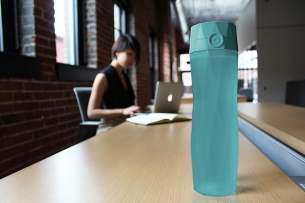 HidrataMe, una botella inteligente que te ayuda a hidratarte