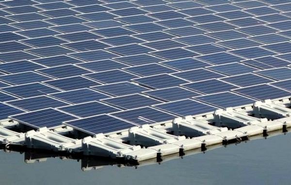 Kyocera construye la planta solar flotante más grande del mundo d