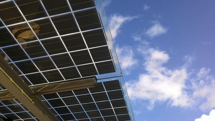 Autoconsumo fotovoltaico – Ventajas de producir tu propia electricidad