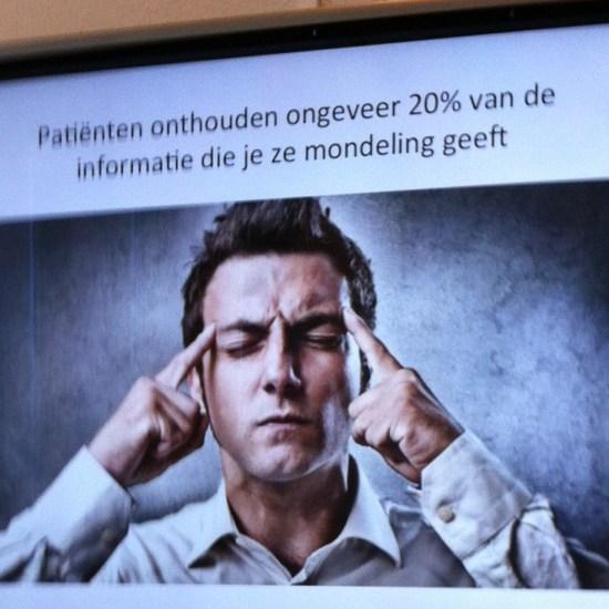 Patiënten onthouden ongeveer 20 % van de informatie die je ze mondeling geeft. Tijkd voor de Vlogsluiter