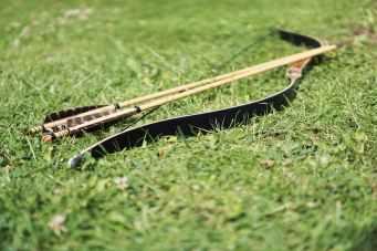 arrow-bow-and-arrow-arrows-archery-163342.jpeg