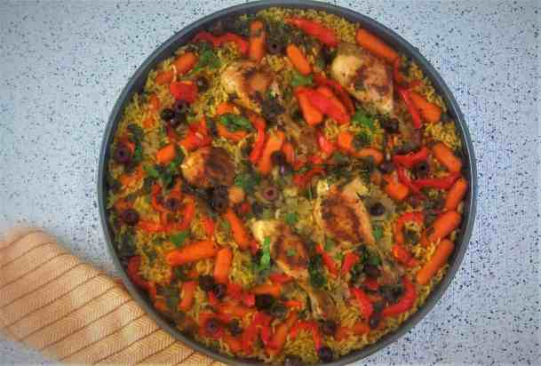 Tave me Kritharaqe - Chicken Orzo Bake with vegetables