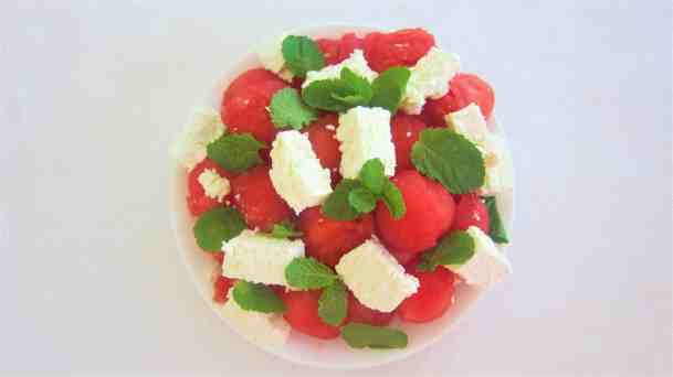 Best Summer Refreshing Snack - Watermelon balls with feta cheese and mint leaves