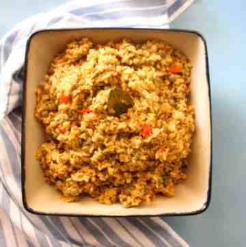 Arroz con glandules, rice with pigeon peas