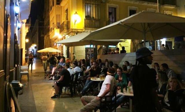 alicante-bares-barrio   Mediterráneo Press