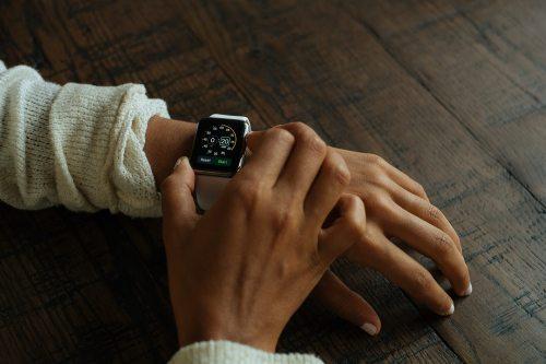 """Die digitale Gesundheitsassistentin """"Vivy"""" & Co. kommt in die Praxis – was nun?"""