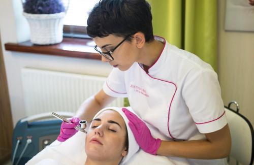 Kosmetische Laserbehandlungen künftig nicht mehr von Jedermann!