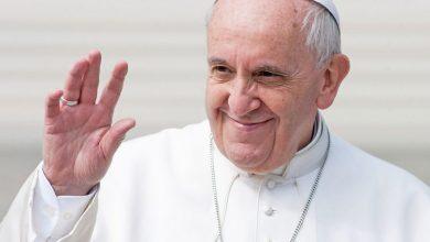 Photo of Papa Franjo: Postoji opasnost od virusa goreg od koronavirusa