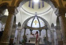 Photo of POKLON KATOLICIMA PRED BOŽIĆ Zbog pape Franje Irak i formalno priznao Božić