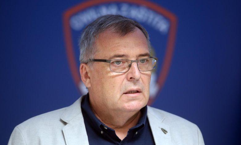 Photo of HRVATSKA Capak: Razmatraju se nove mjere