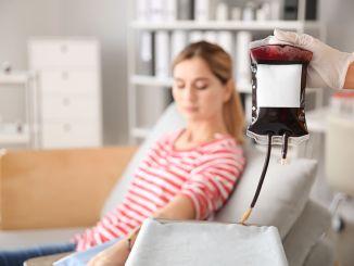 Blutspenderin in Krankenhaus