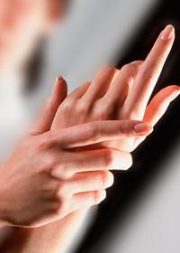 Немеют пальцы рук таблетки. Лекарство от онемения рук – какое выбрать? Лекарственное лечение включает