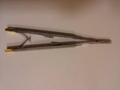 Castroviejo-Blade-Breaker-and-Holder-6-Tungsten-Carbide-0