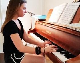 Photo of З чого почати при навчанні грі на фортепіано?