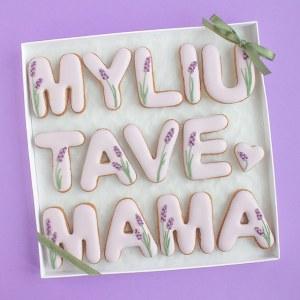 Myliu Tave, Mama