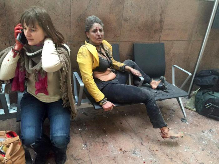Раненые в результате взрывов в аэропорту Брюсселя, 22 марта Фото: Ketevan Kardava / Georgian Public Broadcaster / AP / Scanpix / LETA