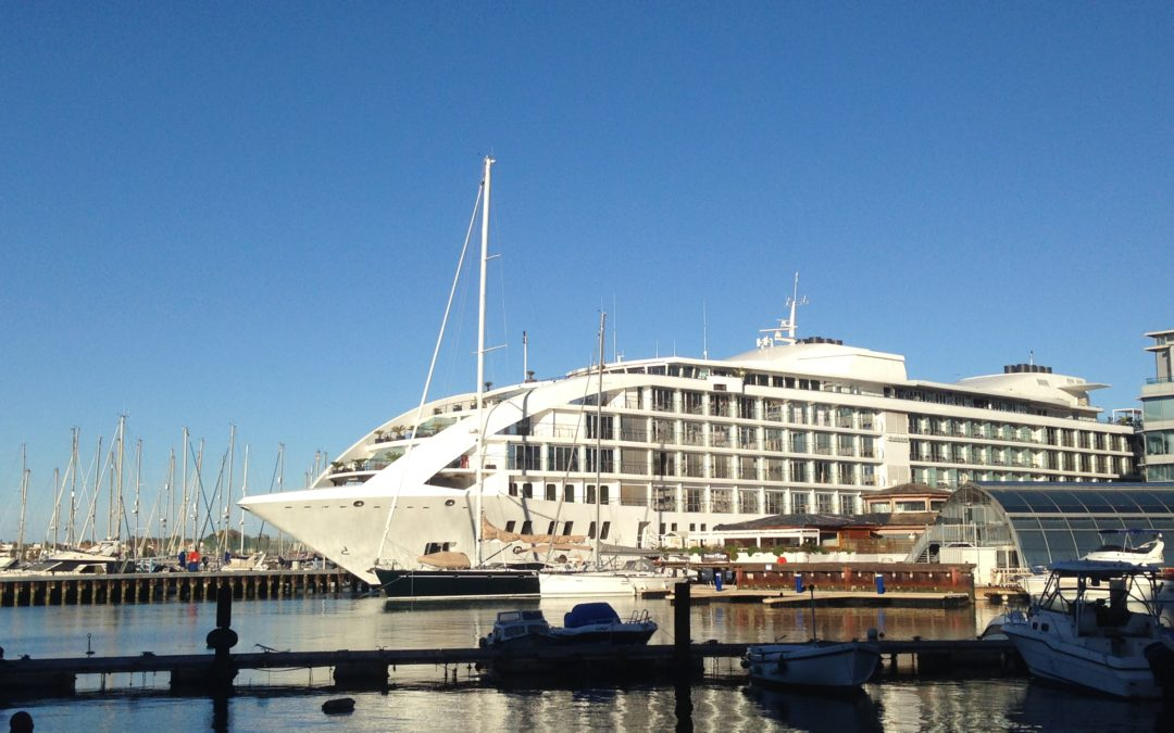 A Glamorous Wedding Aboard A 5 Star Yacht In Gibraltar