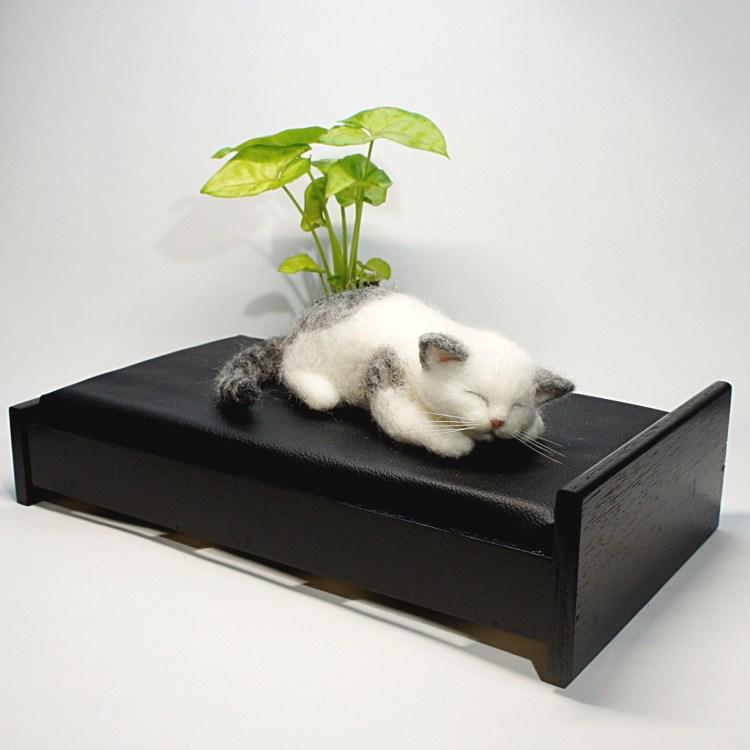 熟睡ネコさん 羊毛フェルト