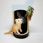 七夕に夜空を見上げるネコさんです。羊毛フェルトの作品です。