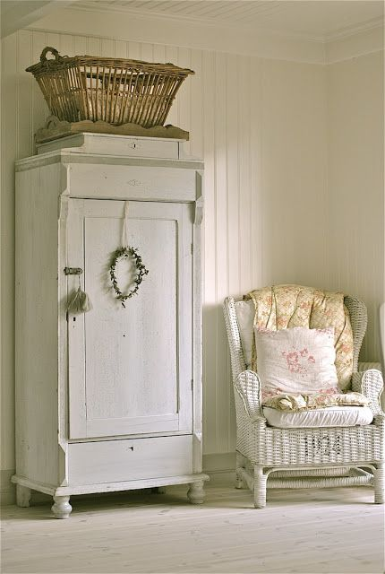 Tuesdays Farmhouse Fancy Wicker