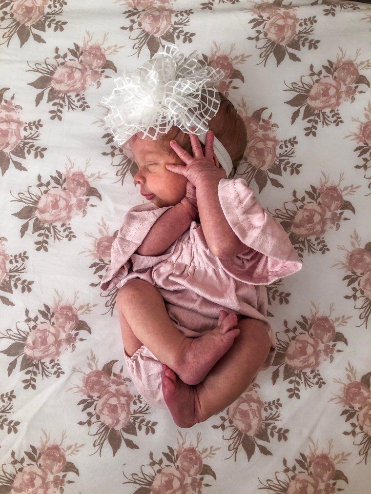 Newborn Sleep Tips | Meekly Loving by Sydney Meek