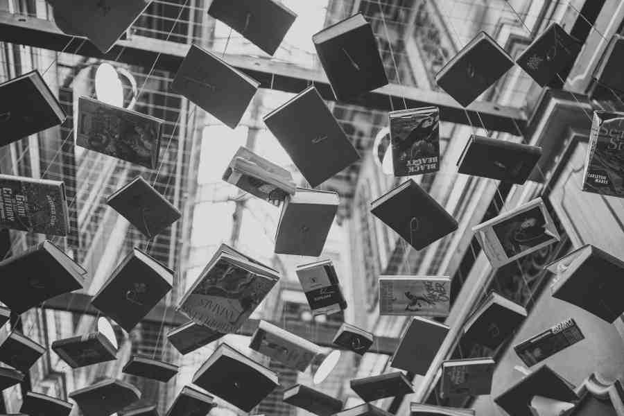 black-and-white-books-design