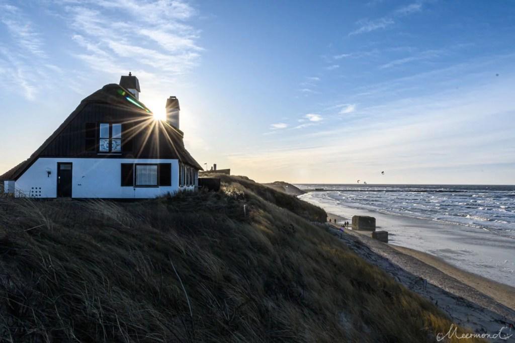 Løkken - Strand im Januar - Blick zur Mole