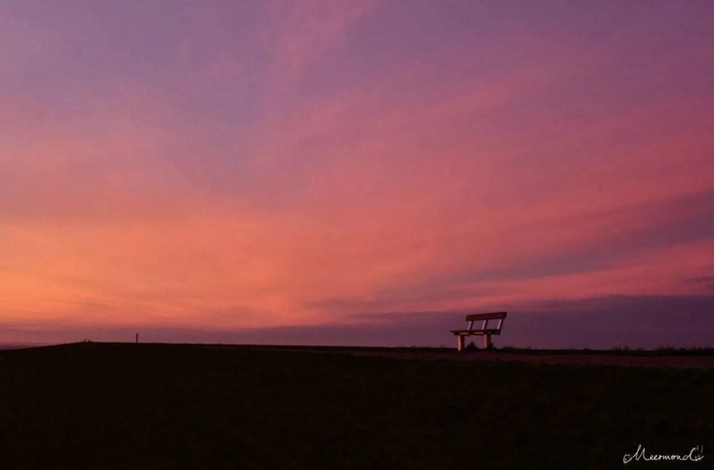 Sonnenaufgang auf dem Deich auf  Rømø