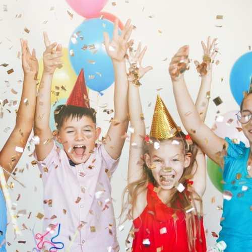 Kinderfeestjes en rotstreken van ouders