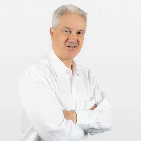 Luis Bermudez headshot