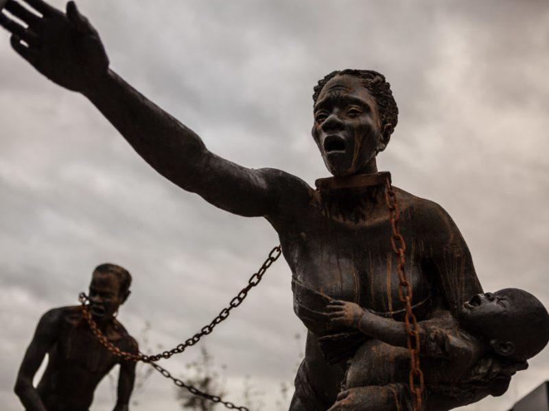 Nkyinkim-Installation-Kwame-Akoto-Bamfo-photo-credit_-Equal-Justice-Initiative-∕-Human