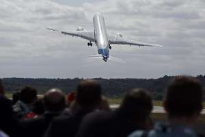 Boeing announces $100 billion in orders and commitments at Farnborough Airshow