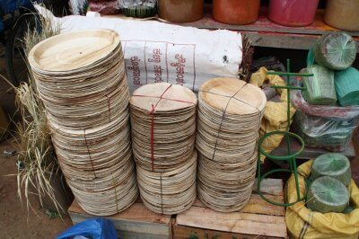 eco-food-plates-made-with-banana-scraps-400×266.jpg